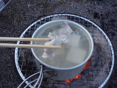真冬キャンプのごちそう、大根おろしたっぷりの七輪BBQしゃぶしゃぶ