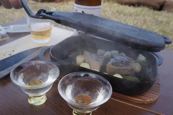 マグロカマのカット、七輪炭火焼BBQですき焼き仕立て、出来上がり