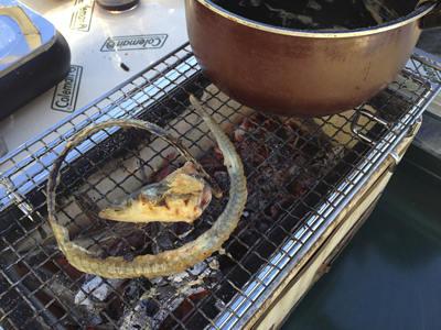 うなぎ中骨と頭は鰻丼タレに最高の調味料